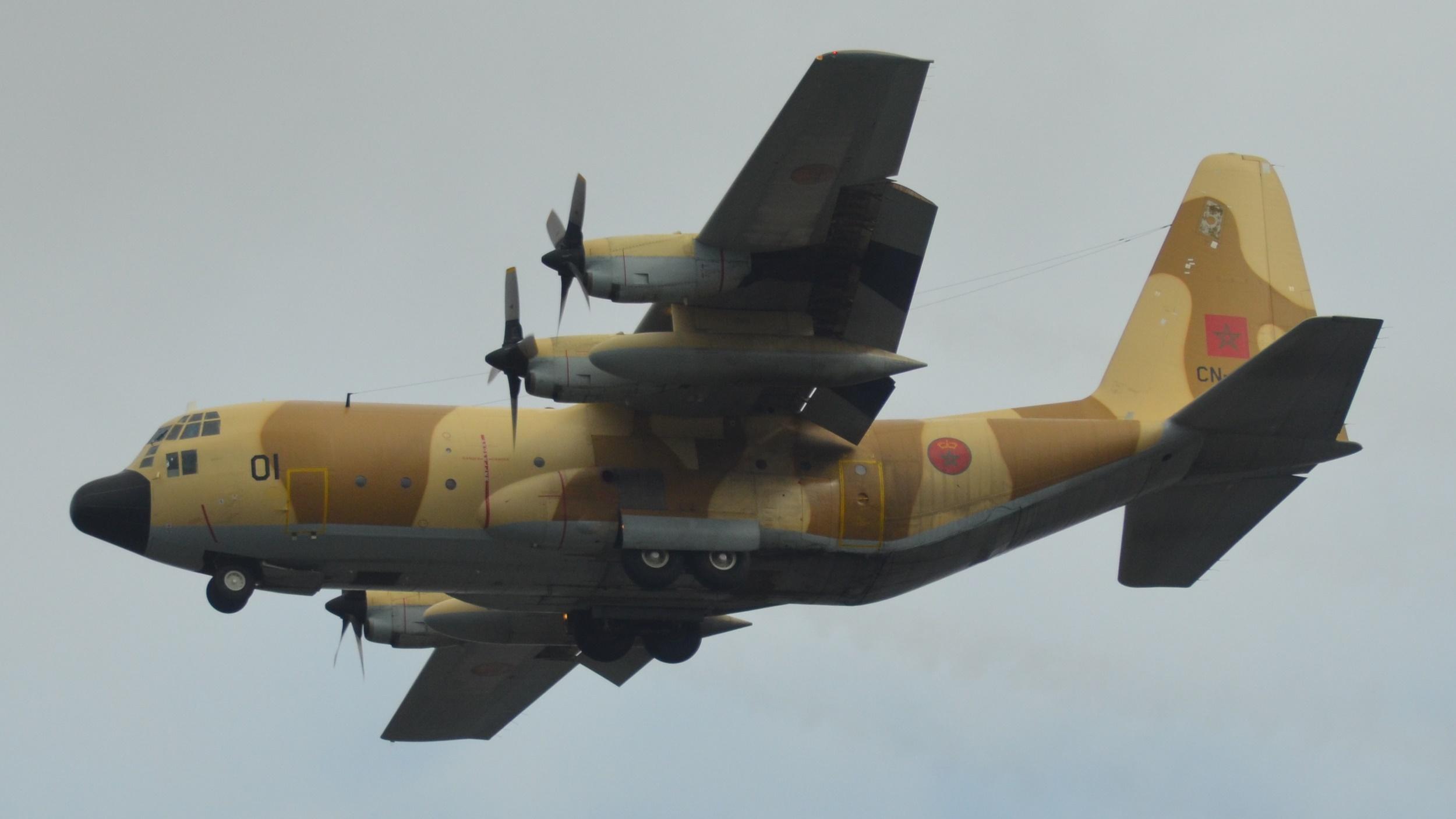 FRA: Photos d'avions de transport - Page 37 40514030433_27f130ce56_o