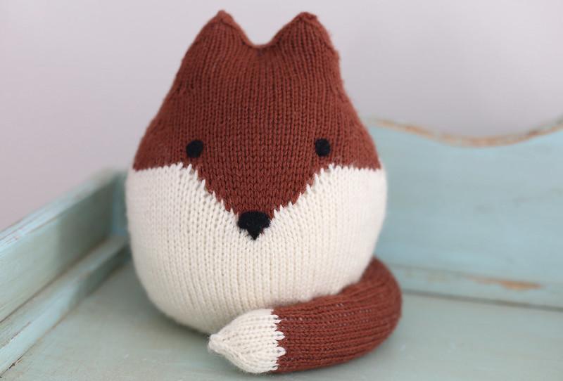 Felix the fox test knit