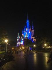 Photo 12 of 20 in the Day 14 - Tokyo Disneyland and Tokyo DisneySea album