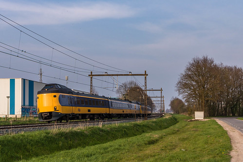 NS ICMm 4064 + 4089 | IC 1766 | Barneveld Harselaar