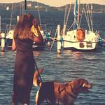 Am Wasser - Frauchen & Hund - 2. Juli 2006