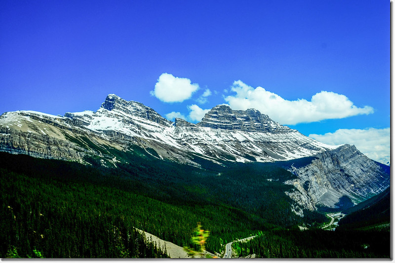 The scenery along  AB-93 N(Icefields Parkway) (12)