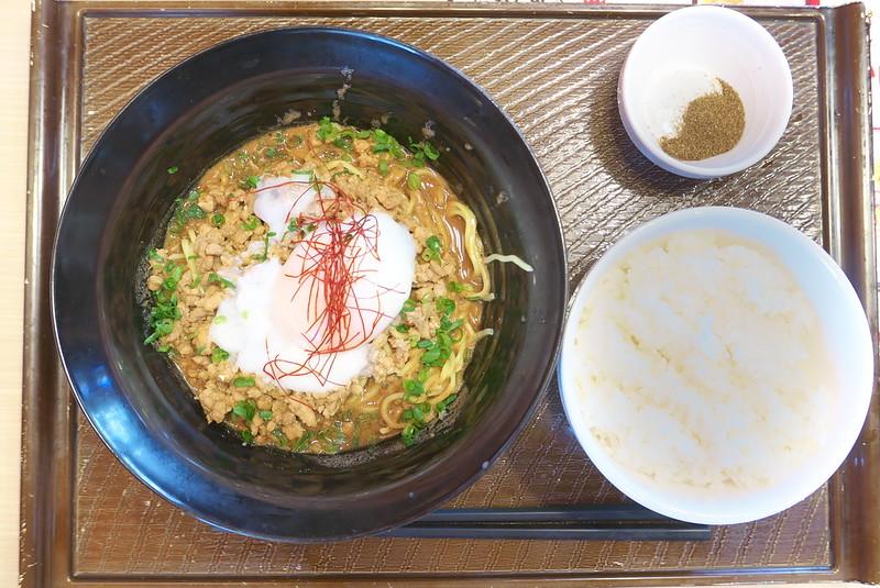 ガスト 知る人ぞ知るご当地グルメ旅フェア 広島 旨辛汁なし担担麺