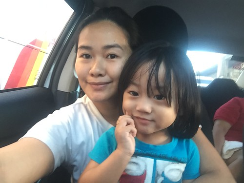 Mom and Herou in the car