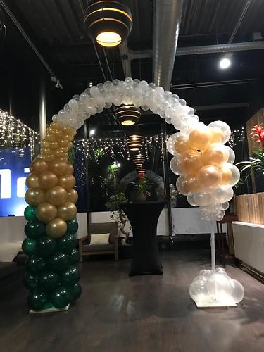 Ballonpilaar Breed Champagnefles met Champagneglas Oud en Nieuw Watertuin Spijkenisse