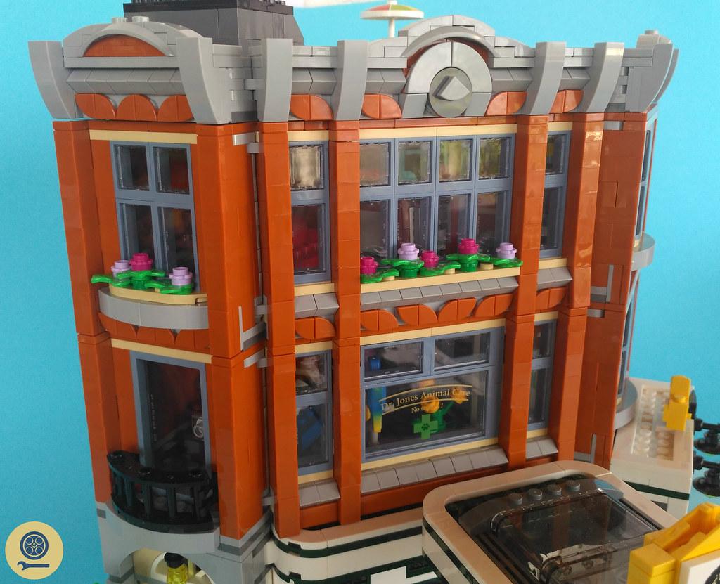 10264 Corner Garage (6)