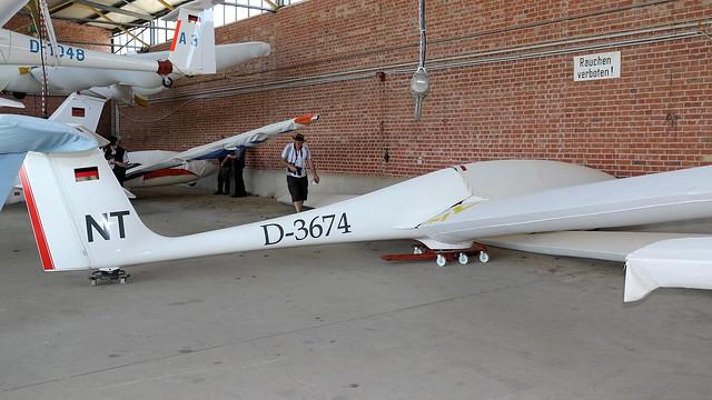 D-3674