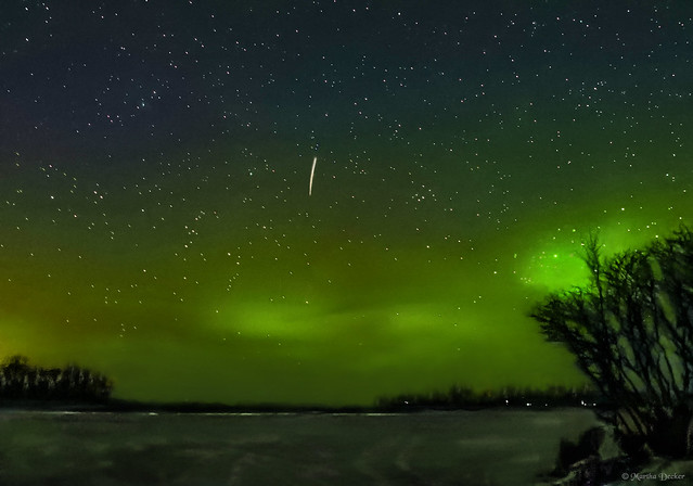 Green Sky at Night, Photographer's Delight