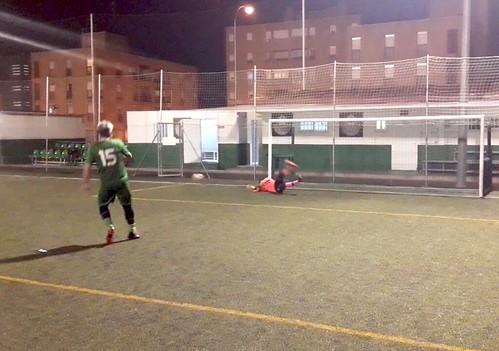 Pablo Álvarez detiene el penalti decisivo