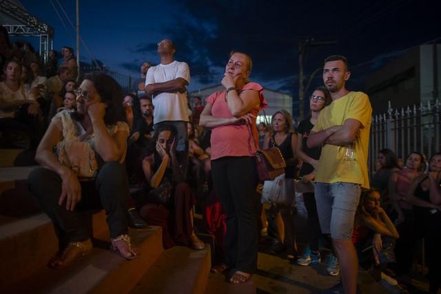 Diálogo entre Vale e atingidos é marcado por tensão; número de mortes chega a 165