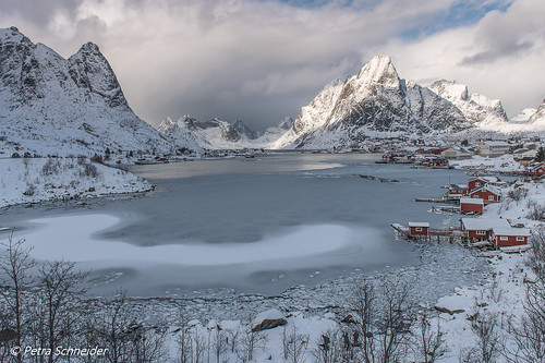 The classic view of Reine in winter