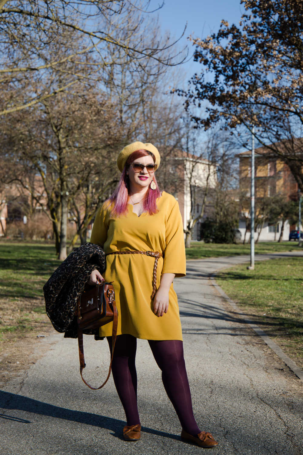 Outfit giallo, plus size (3)
