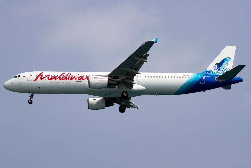 Short final for RWY36 inbound from Thiruvananthapuram TRV. Delivered 11/2005 to Iberia.