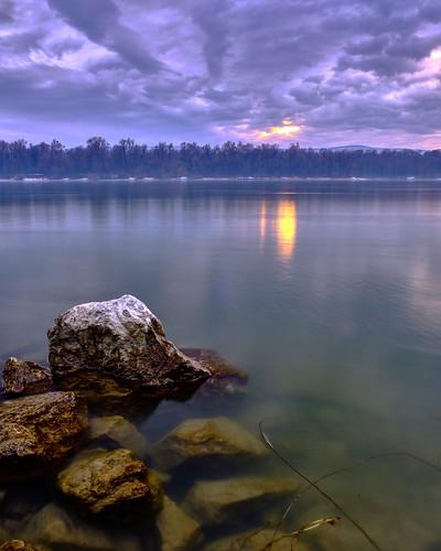 overcast danube river sunset landscape 1855mm fujinon velvia xt2 fujifilmxt2 fujifilm