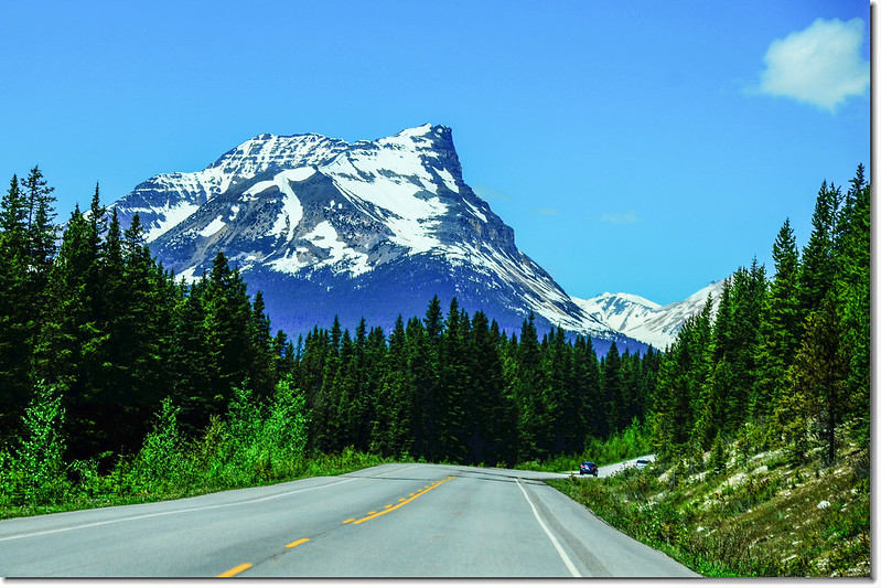 The scenery along  AB-93 N(Icefields Parkway) (5)