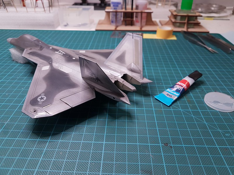 Academy 1/72 F-22A Air Dominance Fighter - Sida 6 45749963134_c083253fba_c