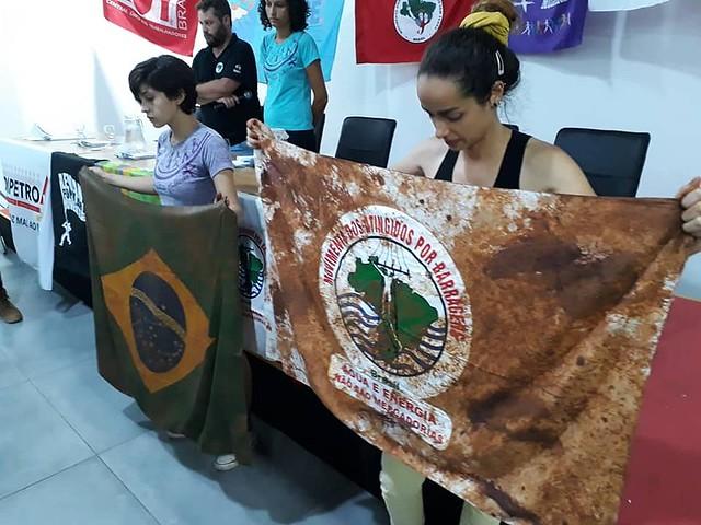 Protesto realizado durante plenária da Frente Brasil Popular - Créditos: Frente Brasil Popular (MG)