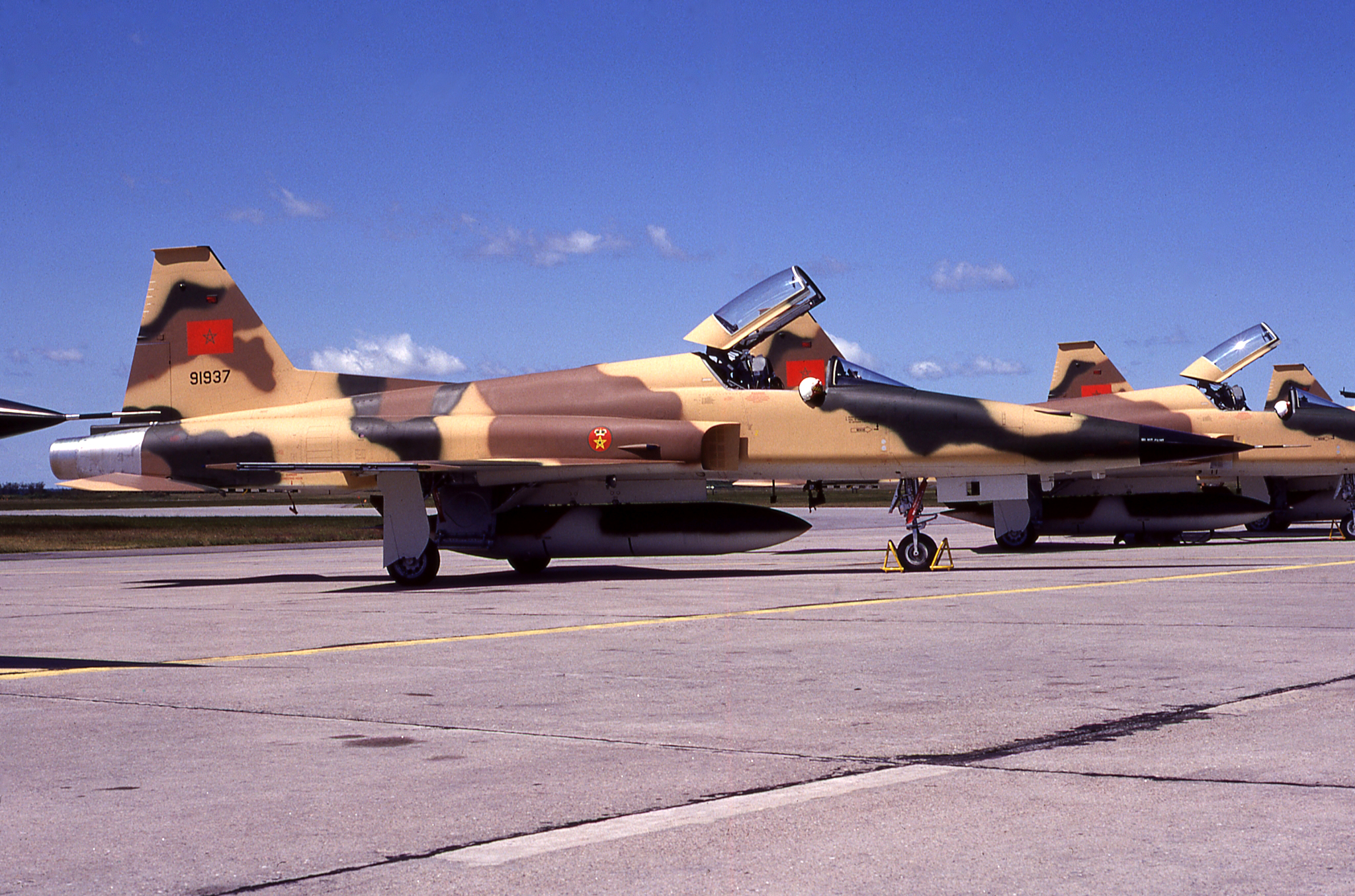 FRA: Photos F-5 marocains / Moroccan F-5  - Page 12 46399022905_7ff0d150bd_o
