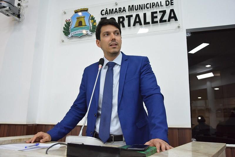 Paulo Martins PRTB)