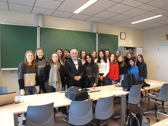 Voor de laatste maal als Vlaams parlementsvoorzitter: Jan Peumans bezoekt het SAB