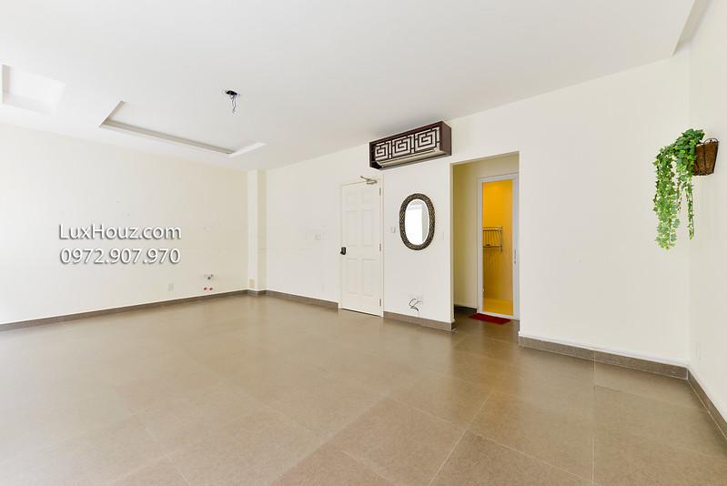 phòng trống tầng 2 - 3