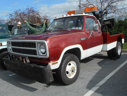 1980 Dodge W-300 Power Wagon Wrecker