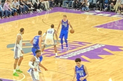 2019 Kings versus Mavs