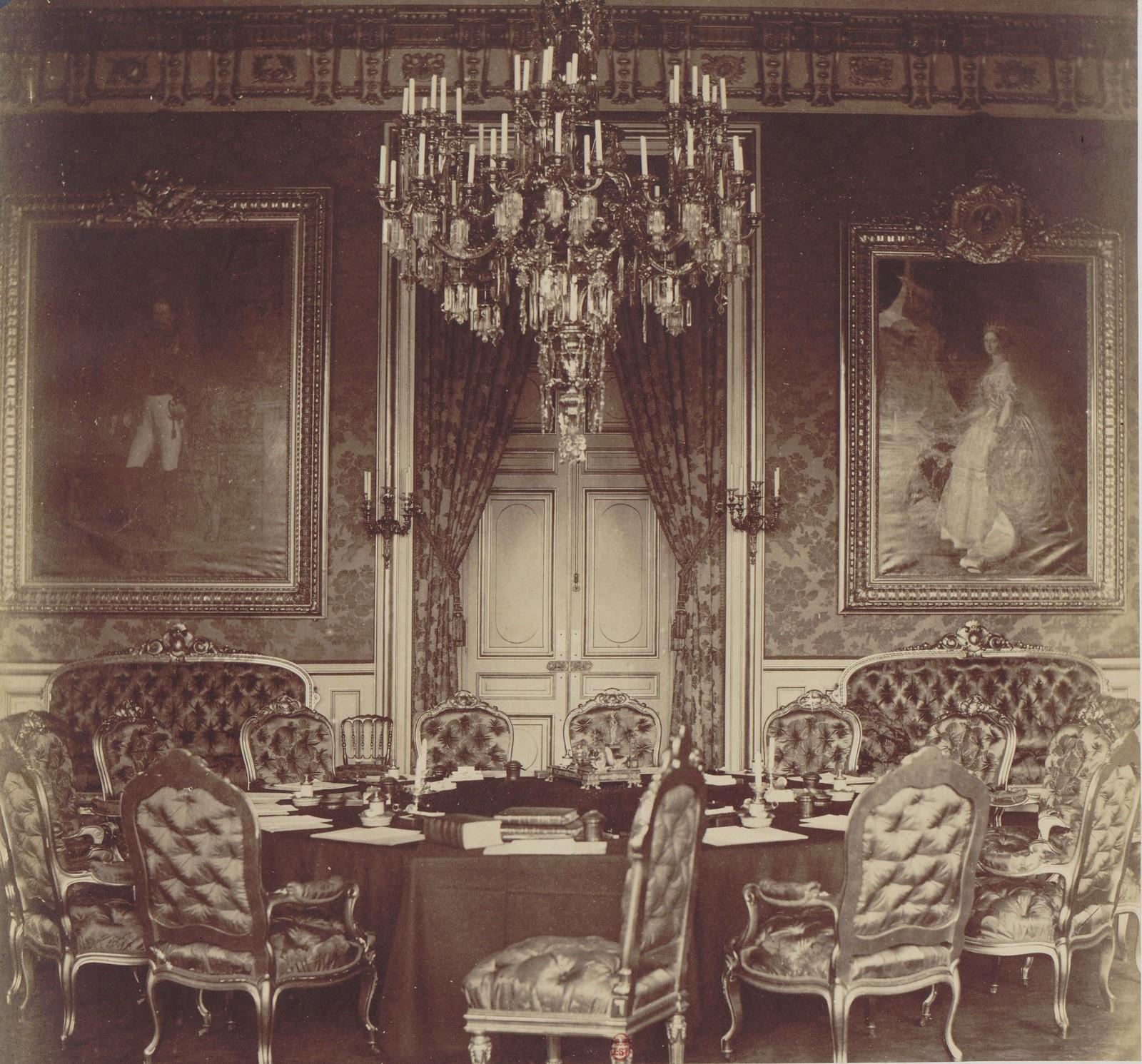16. Комната, где был подписан мирный договор
