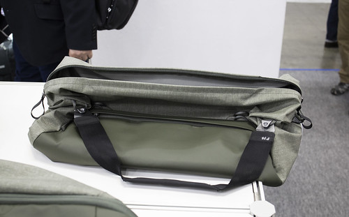 Peakdesign_Travel_Duffle_08