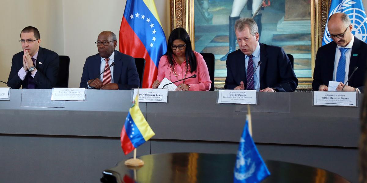 ¨Gobierno Bolivariano suscribe acuerdos en materia de alimentación y educación con la Unicef y la FAO¨