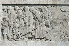 Bas-relief de l'Exode (Monument aux Morts de Saint-Quentin, France)