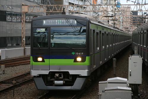 Toei 10-300series(5th ver.) in Sasazuka.Sta, Shibuya, Tokyo, Japan /Dec 9, 2018