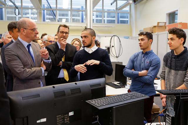Campus des métiers et des qualifications: déplacement de Jean Michel Blanquer dans un lycée du Rhône