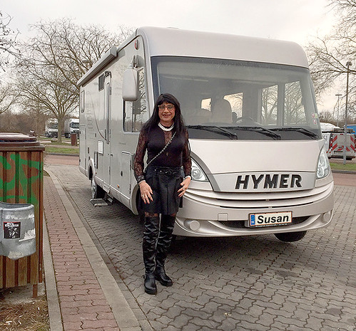 Susan and her Hymer B 678