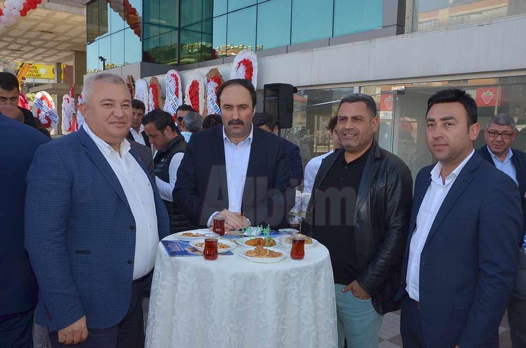 Mehmet Şahin,İhsan İlhan, Zeynel Pınaroğlu, Mehmet Koçak.