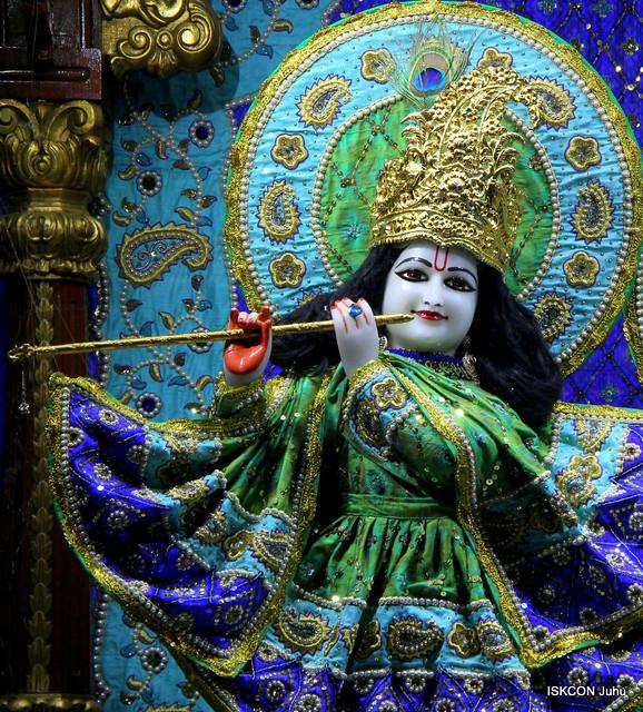 06 Feb 2019 Mangala Aarti Darshan ISKCON Juhu
