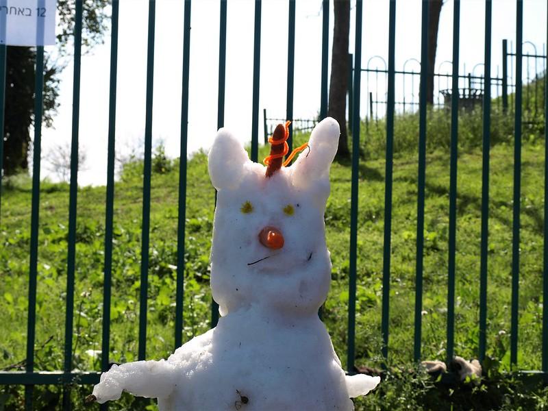 Заяц с рогом