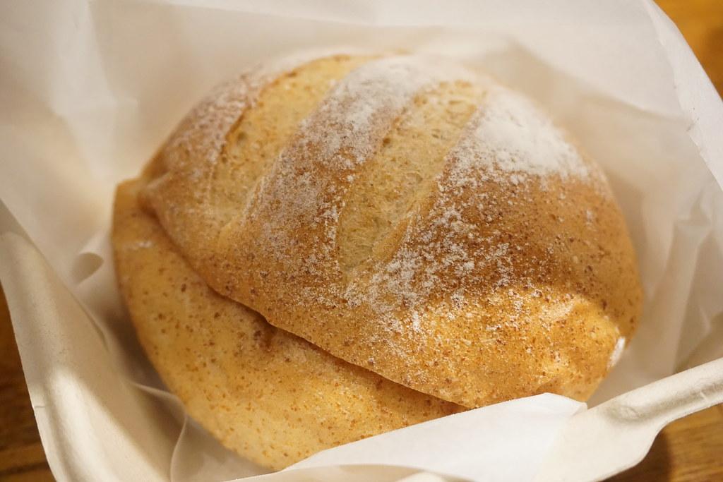 えこだパンさんぽ