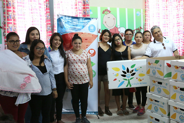Más de 40 madres beneficiadas con la Cajita de Nena
