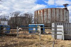 Gas tank golf range, Rossville
