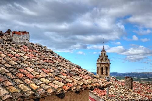 Por los tejados (II).  Peñarroya de Tastavins (Comarca del Matarraña). Teruel