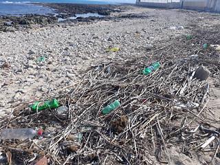 rifiuti spiaggia San Vito (1)