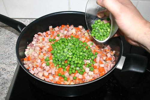 16 - Erbsen dazu geben / Add peas