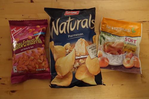 Cashew-Erdnuss Mix Honig & Salz, Parmesan-Chips und Soft-Aprikosen