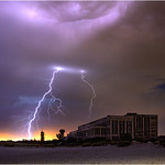 6. Veebruar 2019 - 19:57 - Lightning over Fremantle, Western Australia, lightning up the derelict Fremantle power station and CY O'Connor beach www.cloudtogroundimages.com