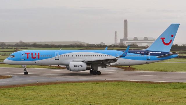 Boeing 757 -236 G-OOBH TUI