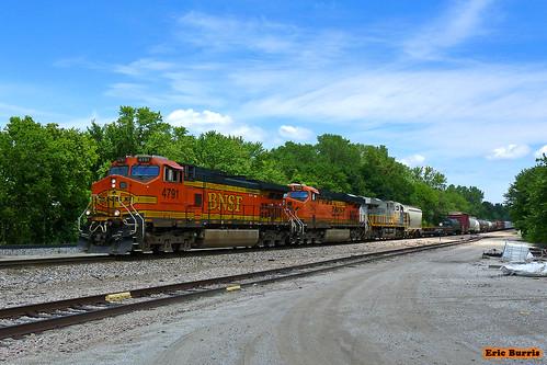 bnsf trains railroads