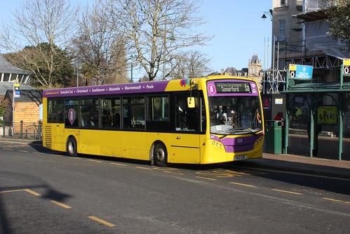 Yellow Buses 537 YX12AZN