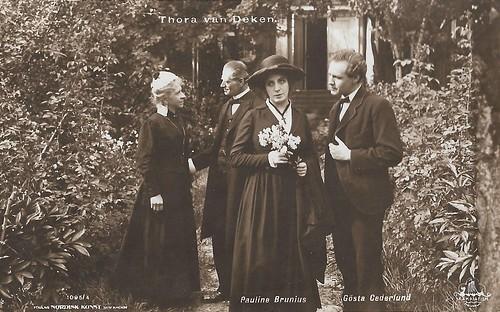 Pauline Brunius and Gösta Cederland in Thora van Deken