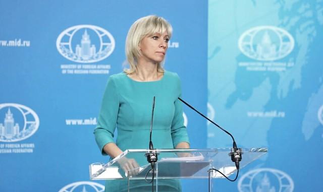 """Rússia diz que EUA preparam """"provocação militar perigosa"""" perto da Venezuela"""